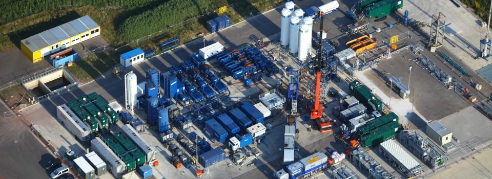Thema Fracking: Fracbehandlung einer Erdgasbohrung in Niedersachsen