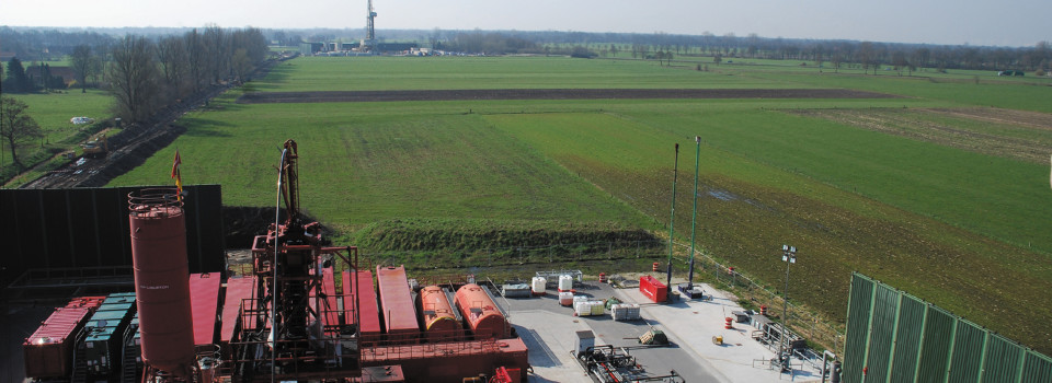 Thema Fracking: Fracarbeiten in Leer