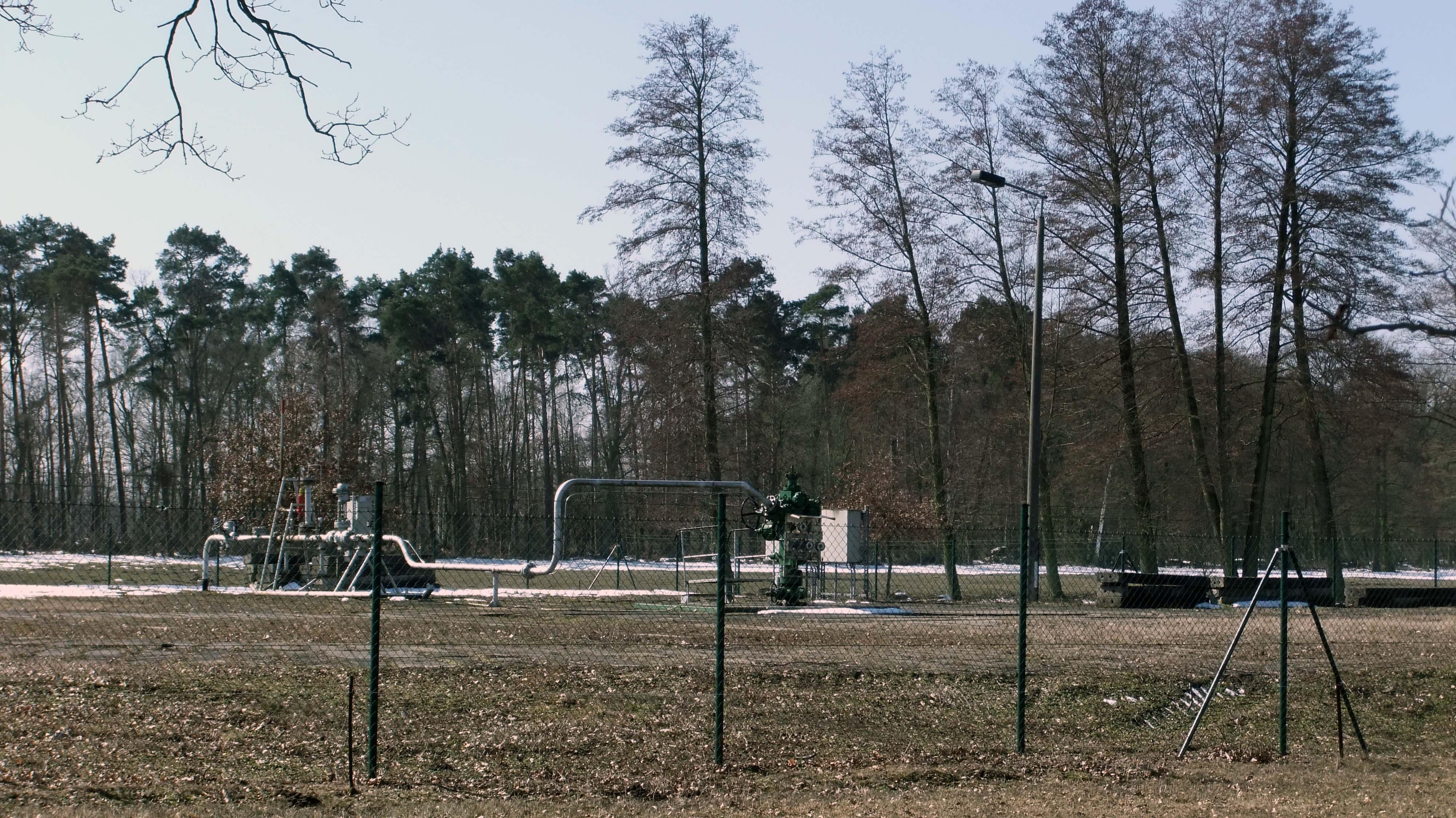 Erdgasförderbohrung Wenze 1 im April 2013 ©chef79